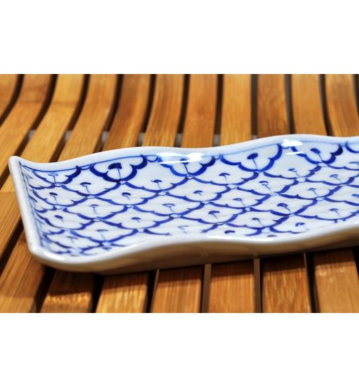 Thai ceramic Plate curved 16x28,5x3,5cm
