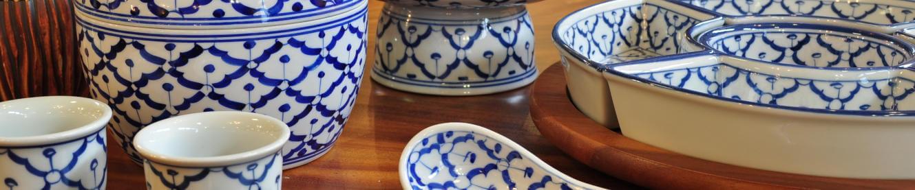 Keramik Exquisite Handarbeit aus Thailand, Große Auswahl an Tellern, Schalen, Platten,|br|Löffeln, Gewürzsets und Teeservice.